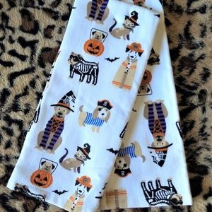 🐕 Kitchen Towels Dogs Cat in Halloween Costumes